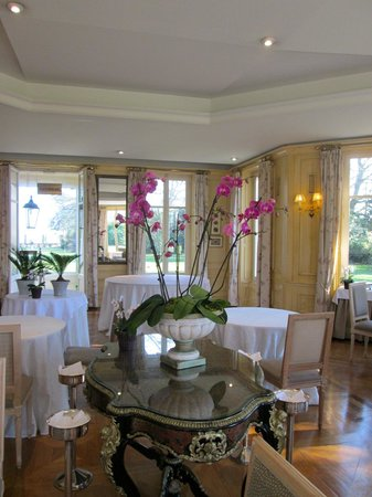 Chateau La Cheneviere: Lovely dining room
