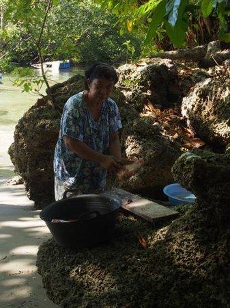 Bunaken SeaGarden Resort: lunch... red snapper
