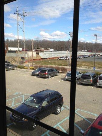 Hampton Inn East Windsor: View outside our window