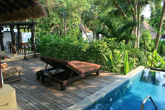 "Paradee Resort & Spa Hotel: The outside of our ""Garden Pool Villa"""