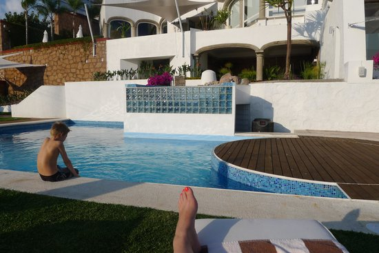 De Cantera y Plata Hotel Boutique : By the pool, all relaxed, loving it!