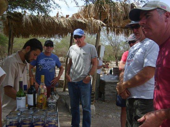 El Huarango: Bar personalizado / Personalized Bar