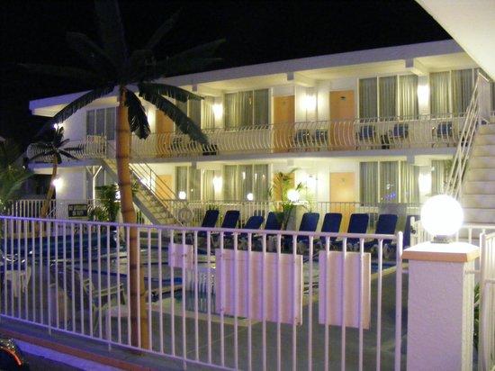 Daytona Inn: Autre vue tranquile de soir du Daytona.