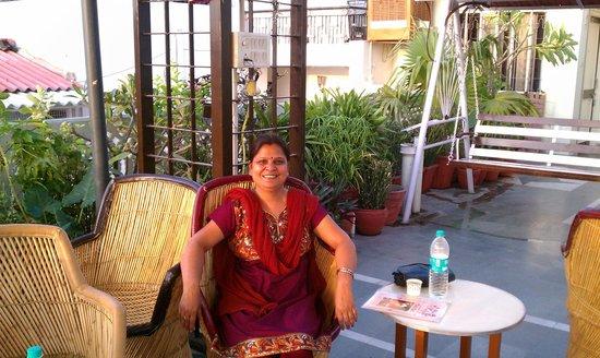 Hotel Kalyan: Rooftop, owner