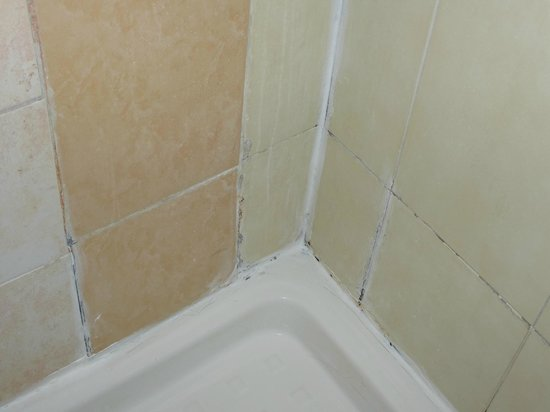Hotel Stromboli: juntas ducha
