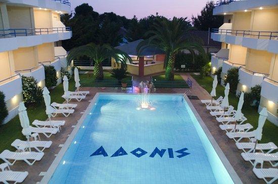 Adonis Hotel & Apartments