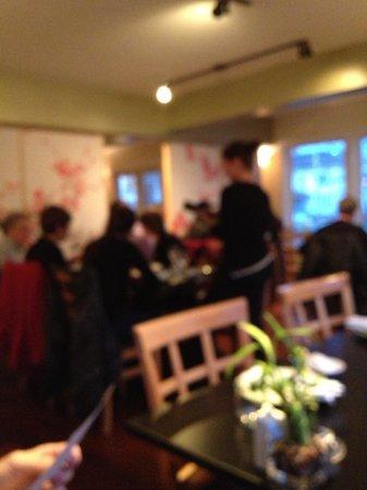 Tao Yuan: blurry interior, but you get the idea, sorry