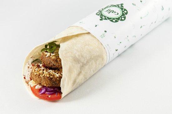 delicious falafel picture of calif califatul iancului bucharest