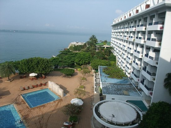Dusit Thani Pattaya: View out to sea from room on 6th floor