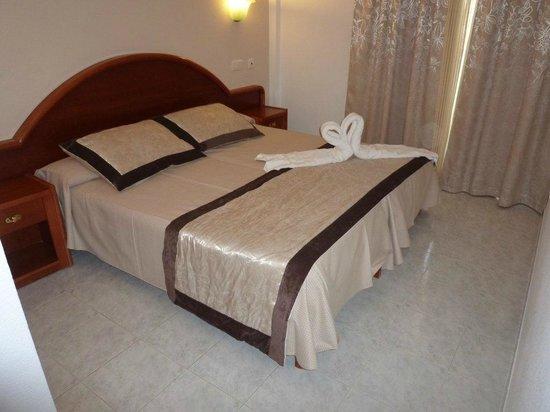 Playa Mar & Spa Aparthotel: CAMA