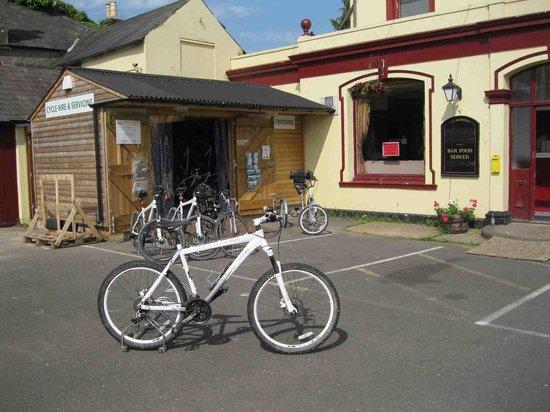 Hassocks Community Cycle Hire: The bike hut