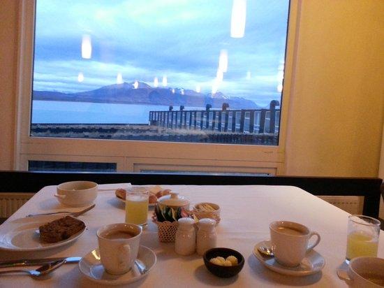 Remota: Breakfast
