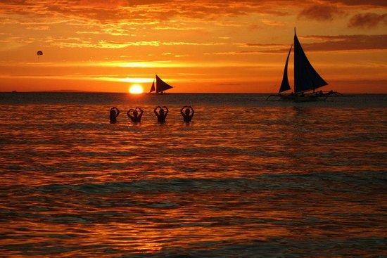 White Beach: Sunset