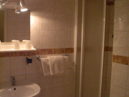 Atlas City Hotel: bagno