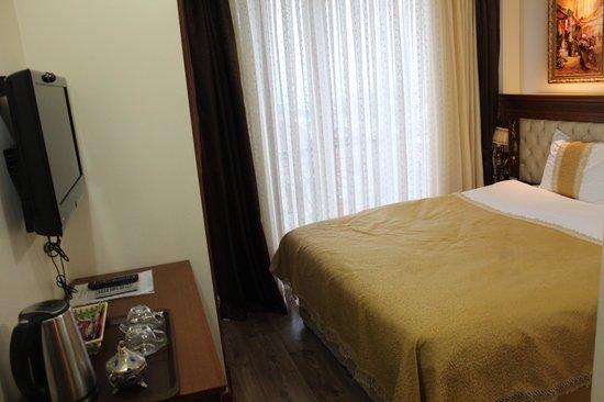 Blue Istanbul Hotel: duzenli bir oda