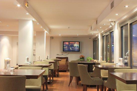 Plaka Hotel: Hotel Restaurant