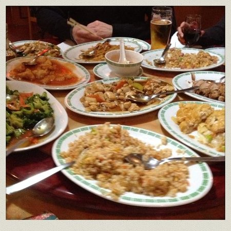 Peking : Awesome use of the lazy Susan! Tasty!