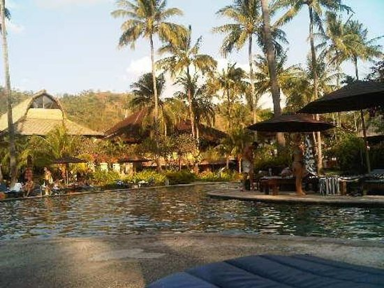 Holiday Resort Lombok: the pool