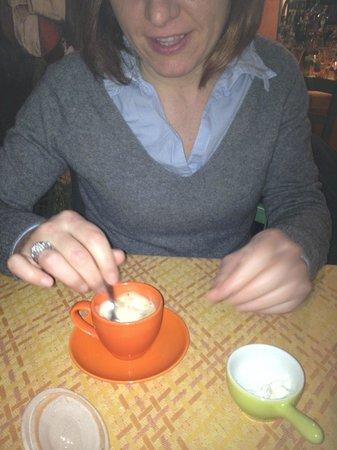 """Osteria Pasta e Vino: Le tazzine da caffe modello """"....le prendiamo....sono stupende..."""""""