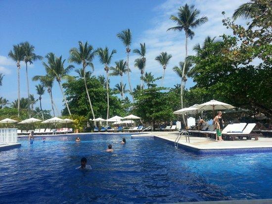 Grand Bahia Principe El Portillo : vista de la piscina