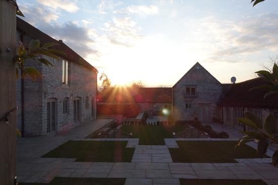 Brittons Farm: Courtyard