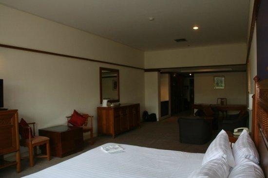 Loei Palace Hotel: La chambre gigantesque
