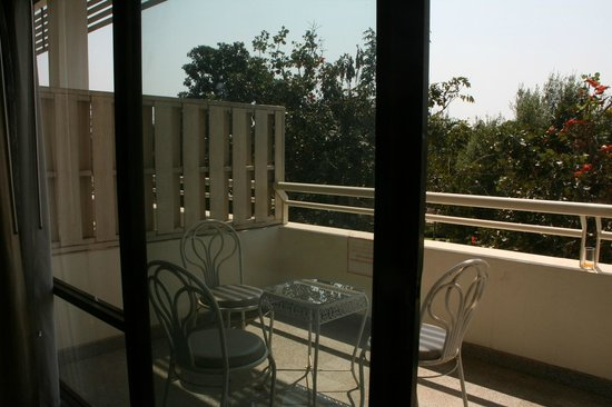 Loei Palace Hotel : La terrasse de la chambre