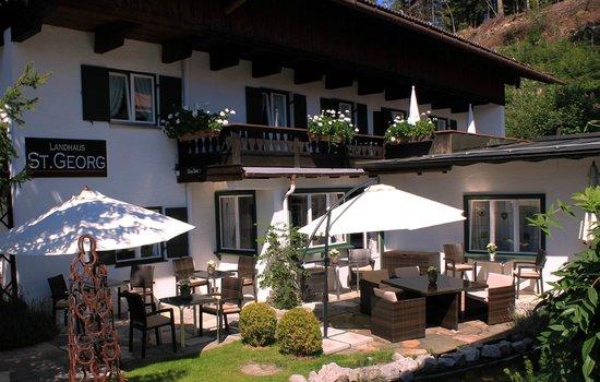 Bio Design Landhaus St. Georg: Frühstücken im Garten