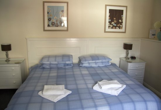 Cosgrove Guest House