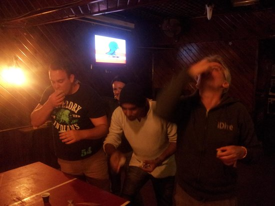 Mojito Club & Sports Bar: loser team in beer pong..