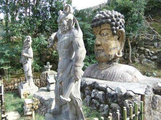 Fukusenji Temple: 福泉寺02首大仏01