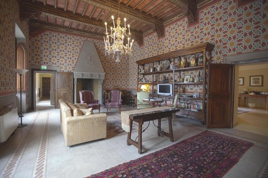 Castello delle Serre: Grand Salon & Library