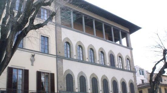 Hotel Palazzo Guadagni: une vue de la logia donnant sur la place
