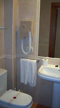 Hotel Villa Frigiliana: baño