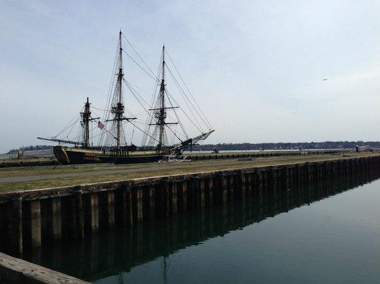 Capt's Waterfront Grill : Salem's Wharf w/ Historic Friendship Replica