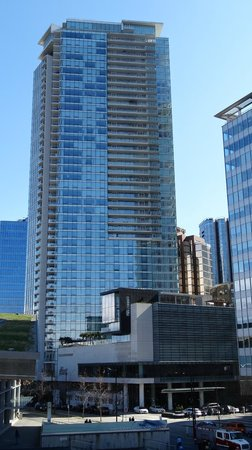 Fairmont Pacific Rim: The hotel