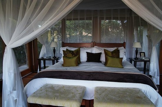 Pumba Private Game Reserve: Chalet - ein himmlisches Bett