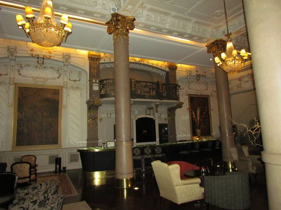 Savoy Hotel: Imperial Bar