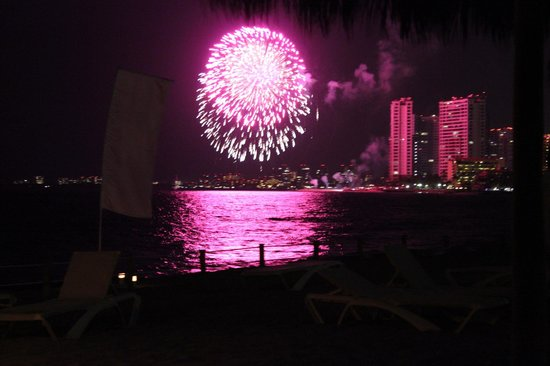 Secrets Vallarta Bay Puerto Vallarta: Fireworks from the beach