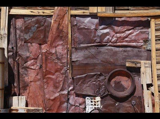 Outdoor Desert Art Museum of Assemblage Sculpture: look for the art