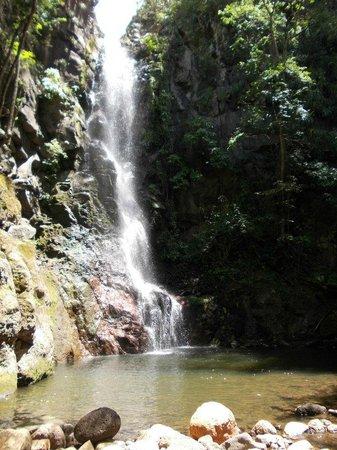 Reserva Natural Miraflor : cascata meravigliosa!