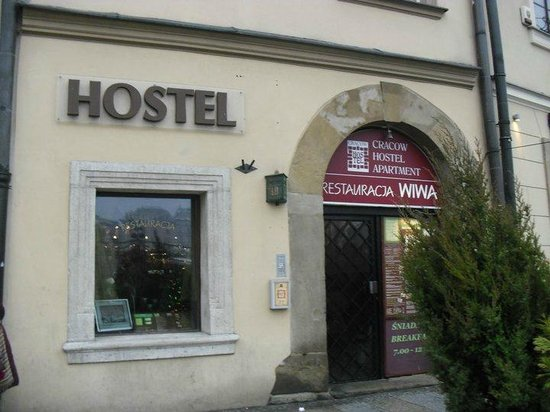 Cracow Hostel: Entrance of the Hostel