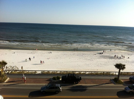 Majestic Sun at Seascape Resort: Water not clear today/windy and cold