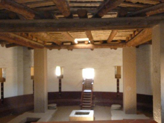 Aztec Ruins National Monument: Kiva at  Aztec Monument