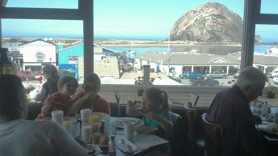 Dorn's Original Breakers Cafe: Breakfast with a great view!
