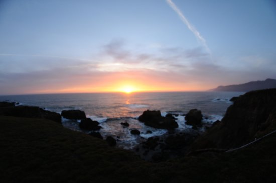 Inn of the Lost Coast: Sunset from room