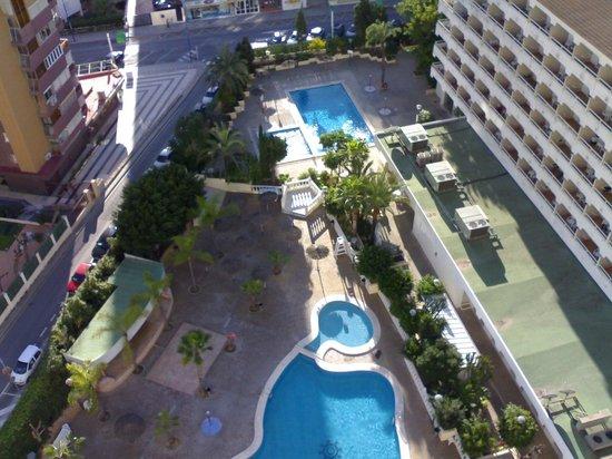 Poseidon Resort: la piscinas desde la planta 13
