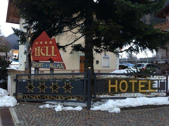 Hotel Hell : Hotel