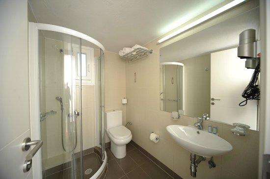 Solaris : Brand new bathroom!!!