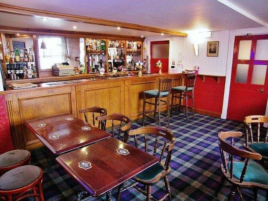 Black Bull Hotel: Main Bar